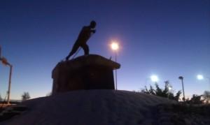 Eero Mäntyranta hiihtää Pellossa